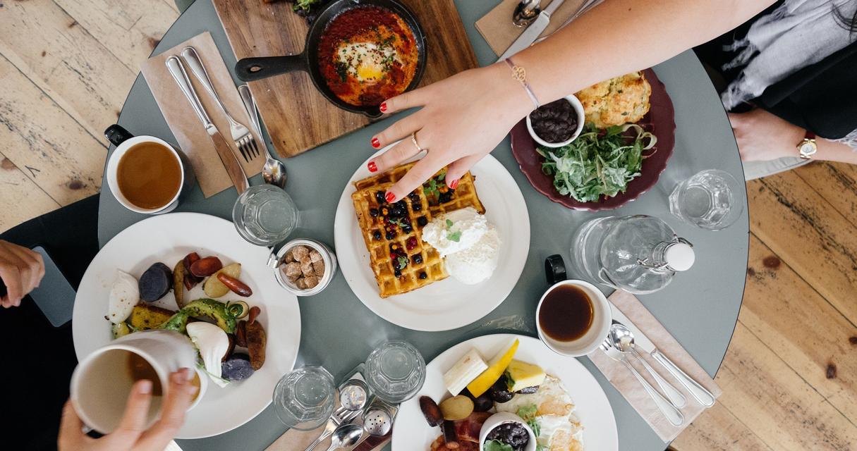 Gemeinsam gesund ernähren – Mittagessen zur Mitarbeiterbindung